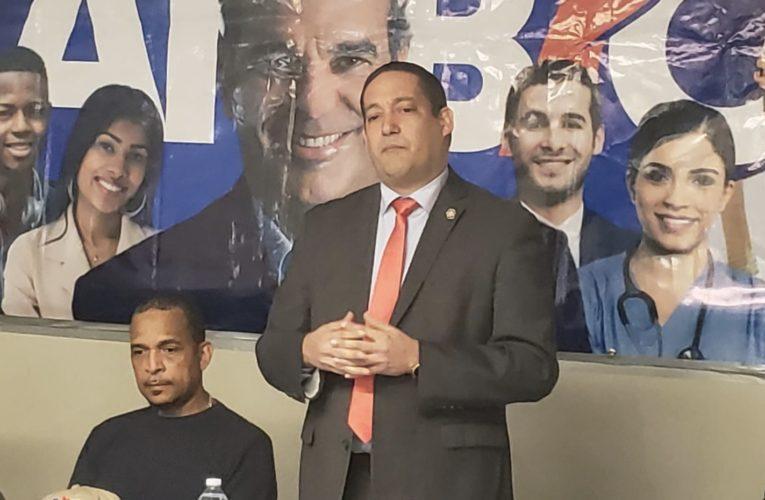 Coordinador federal PRM en Ultramar George Robles juramenta decenas nuevos dirigentes en el Bronx